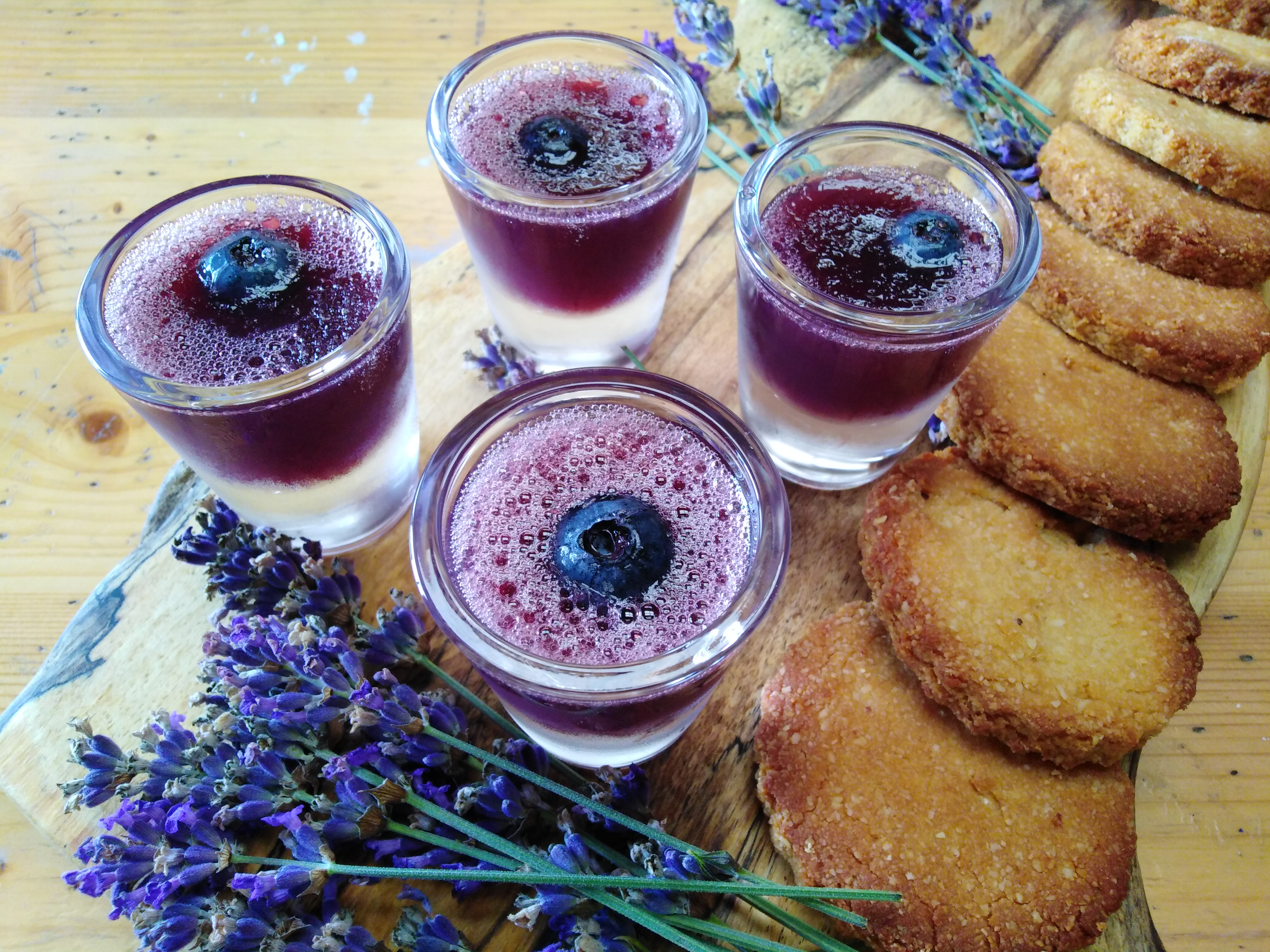 lavender-jelly-with-almond-biscuits